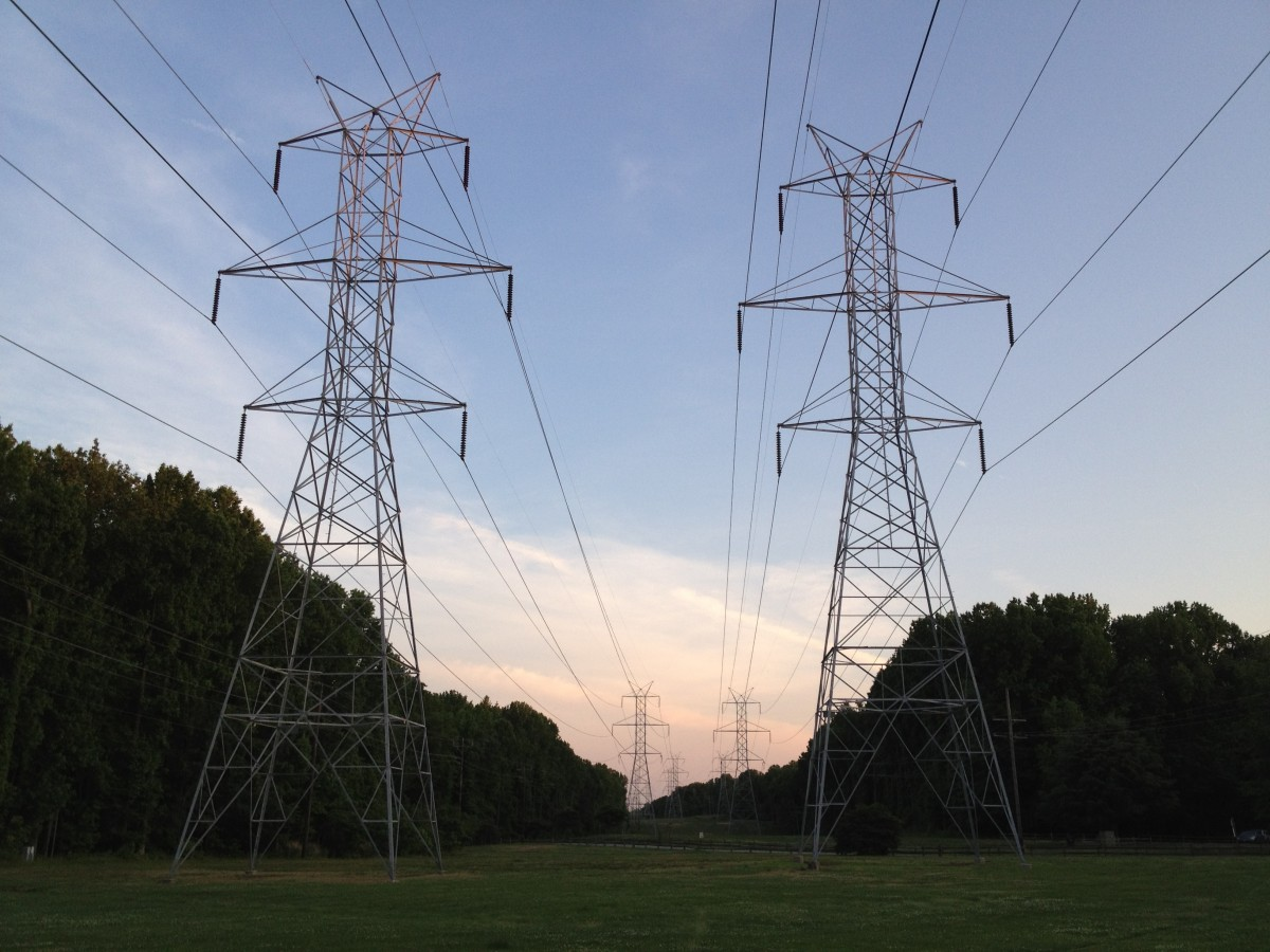 Enerji Nakil hattı Direkleri